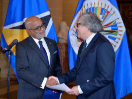 Anton E. Edmunds and the Secretary General of the OAS, Luis Almagro