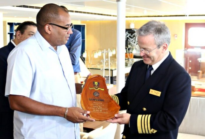 Richard Sealy with Viking Star Captain